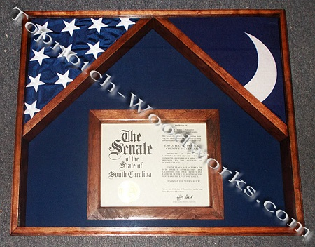 Certificate case for 2 flags
