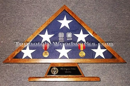 burial-flag-display-case-with-medals