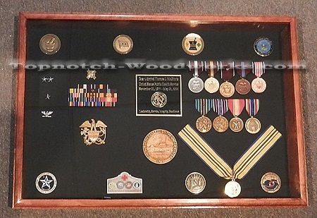 medal awards case