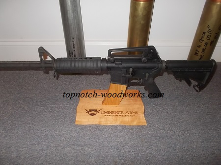 custom-engraved-ar15-rifle-display-stand